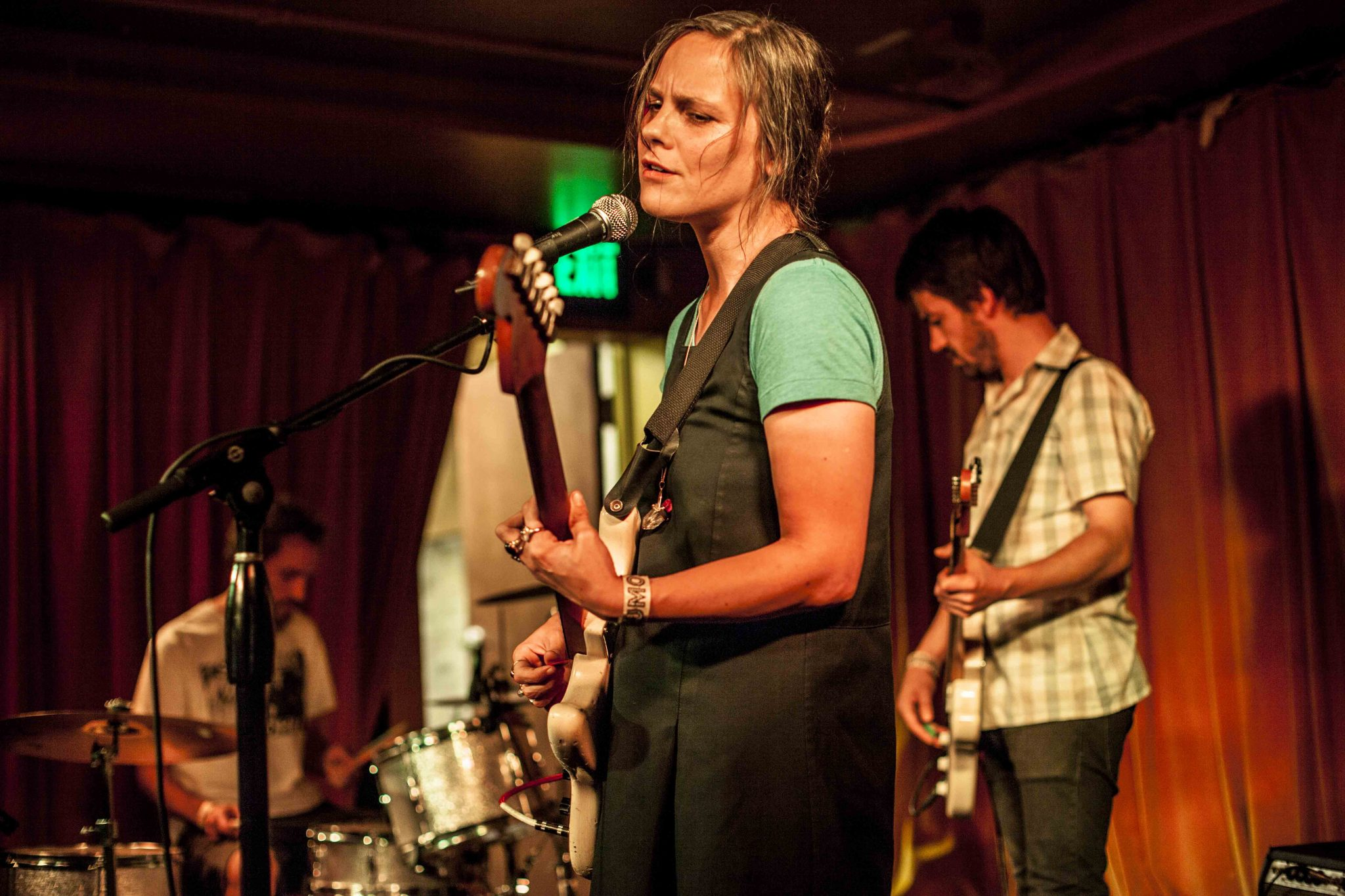 Scout Niblett at Barboza (Photo by Daniel Ahrendt)